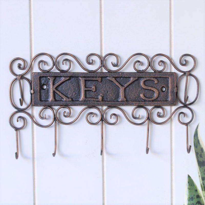 7 Hooks Rustic Metal Scroll Key Rack Holder