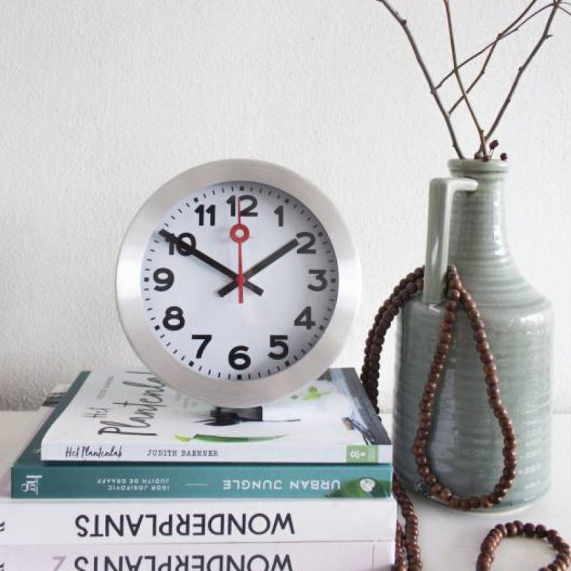 White NeXtime Silent Table and Wall Clock