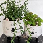 Mommy Baby Pandal Ceramic Planter on Legs