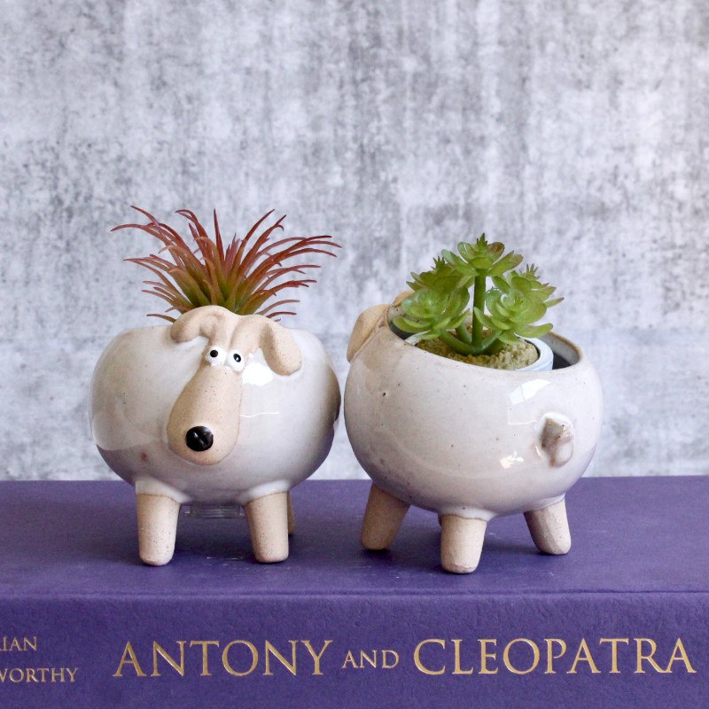 Sandy White Sheep Planters