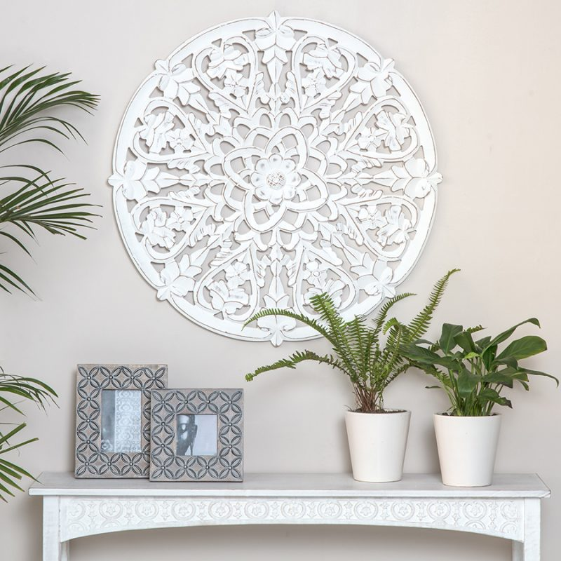 Hamptons Round Floral Mandala Heart Wooden Wall Art
