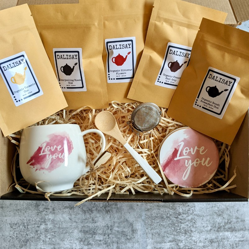 Chai Tea Gift Box with Mug, Tea Strainer, Coaster and Spoon
