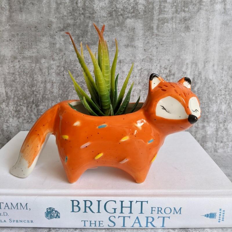 Fox with Tail Planter Pot, 17cm